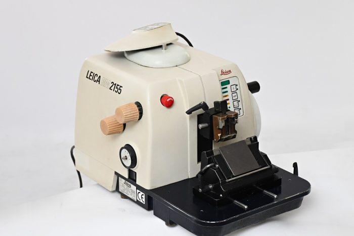 Leica RM2155 Rotary microtome 2